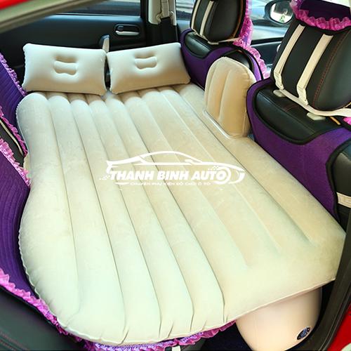 giường đệm hơi ô tô